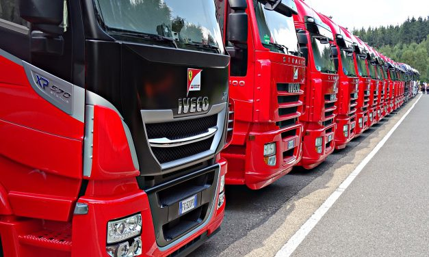 Bezpieczeństwo kierowcy w transporcie drogowym TIR